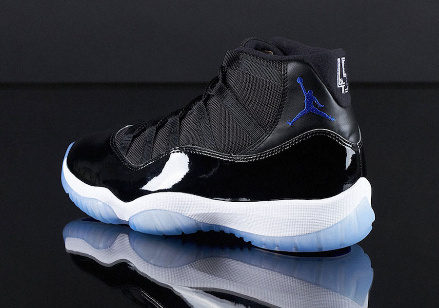 Jordan 11 Space Jam Nike SNEAKRS App Heat Wave Restock