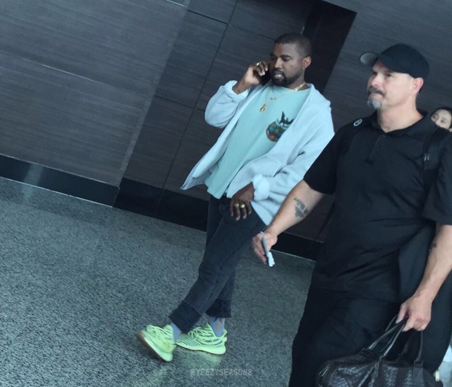 Kanye West Yeezy Boost 350 V2 Semi Frozen Yellow