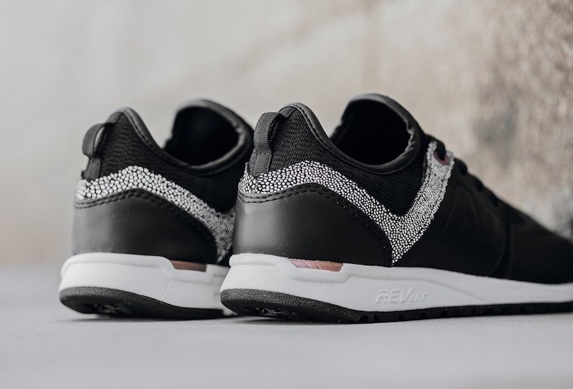 New Balance 247 Black Leather Pebble