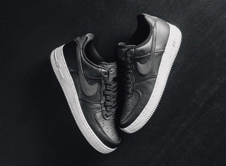Nike Air Force 1 Premium Black White
