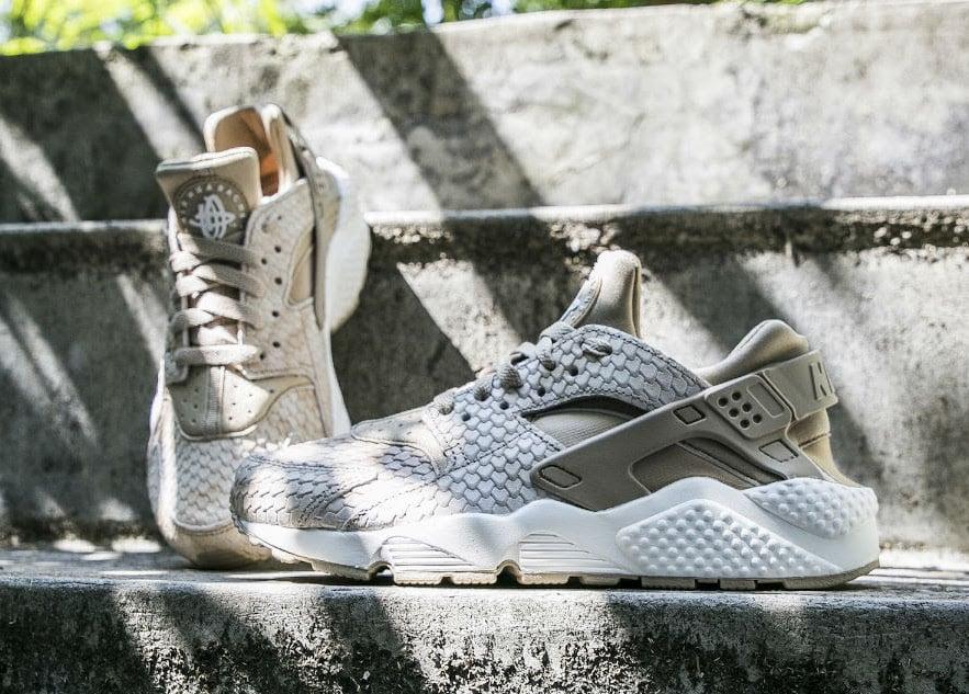 Nike Air Huarache Premium Snakeskin