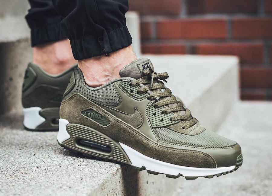 nike air max 90 essential olive