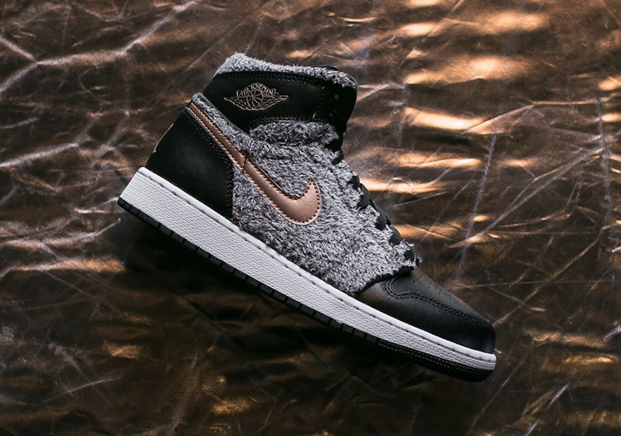 Air Jordan 1 Fleece 332148-022