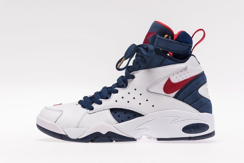 Kith Nike Air Maestro USA Friends Family