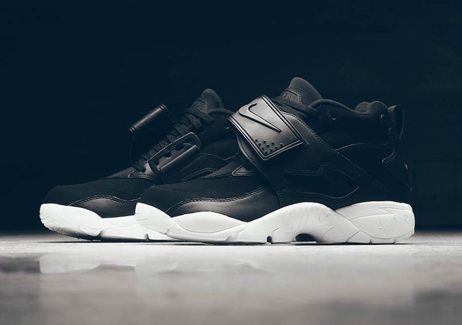 Nike Air Diamond Turf Black White