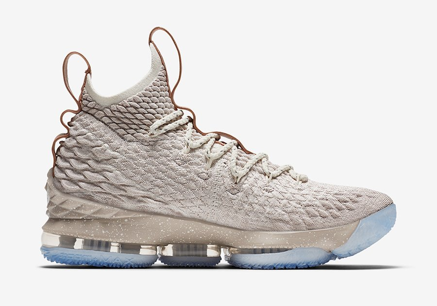 finest selection 0c1e3 84b5b Nike LeBron 15 Ghost 897648-200
