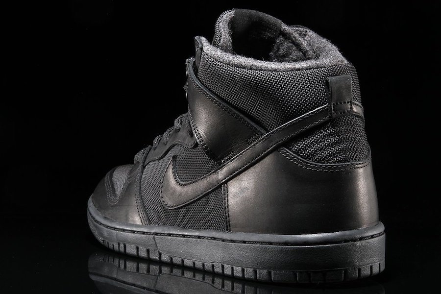 Nike SB Dunk High BOTA Triple Black 923110-001