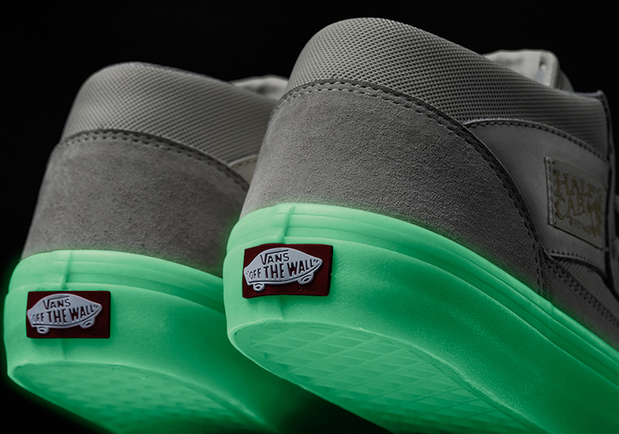 Pyramid Country Vans Half Cab Pro Glow in the Dark
