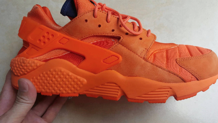 Nike Air Huarache Zip Orange