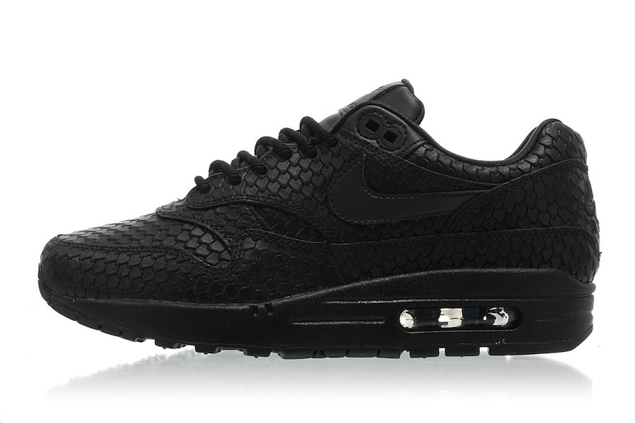 Nike Air Max 1 Black Scale