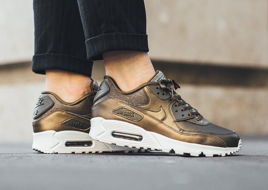 Nike Air Max 90 Metallic Field 896497-901 | SneakerFiles