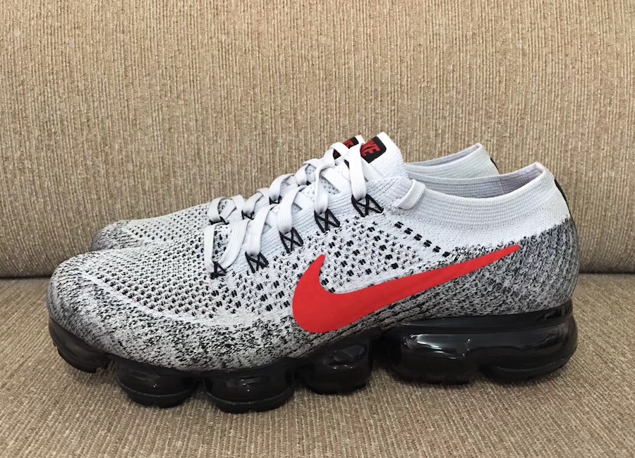 Detailed Look at the Nike Air VaporMax in Grey, Red and Black