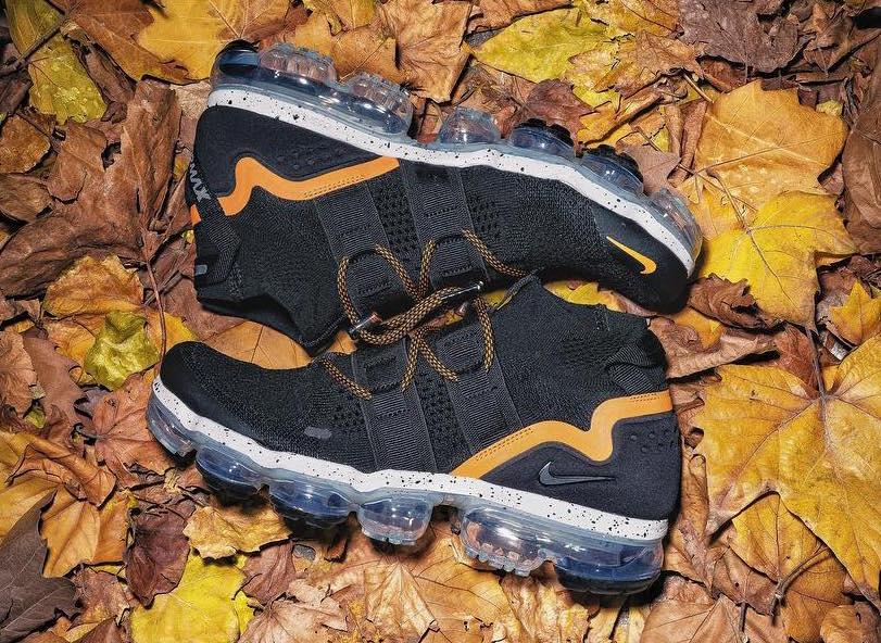 Nike Air VaporMax Mid Black Gold