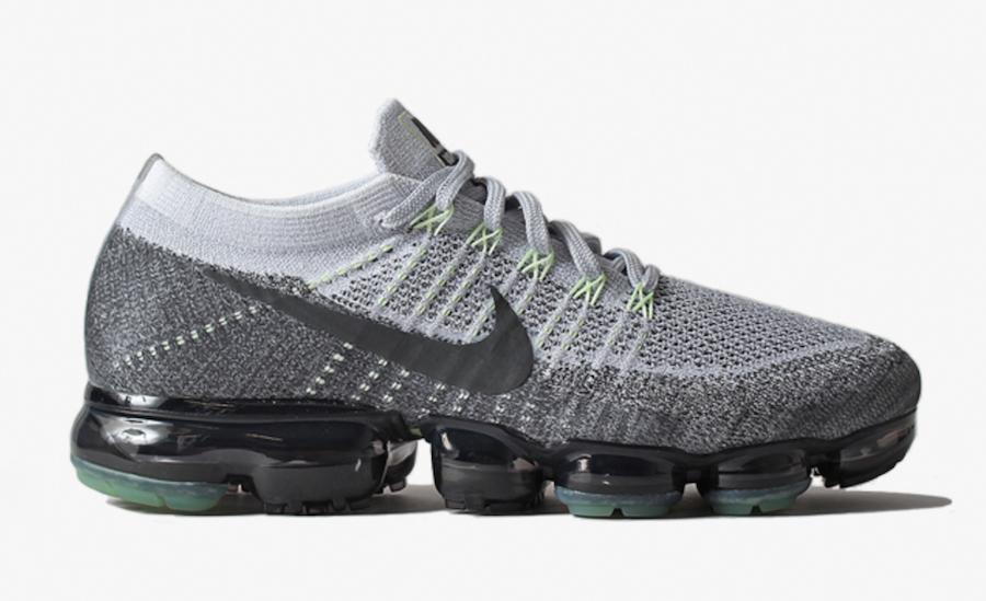 Nike Air VaporMax Pure Platinum Dark Grey