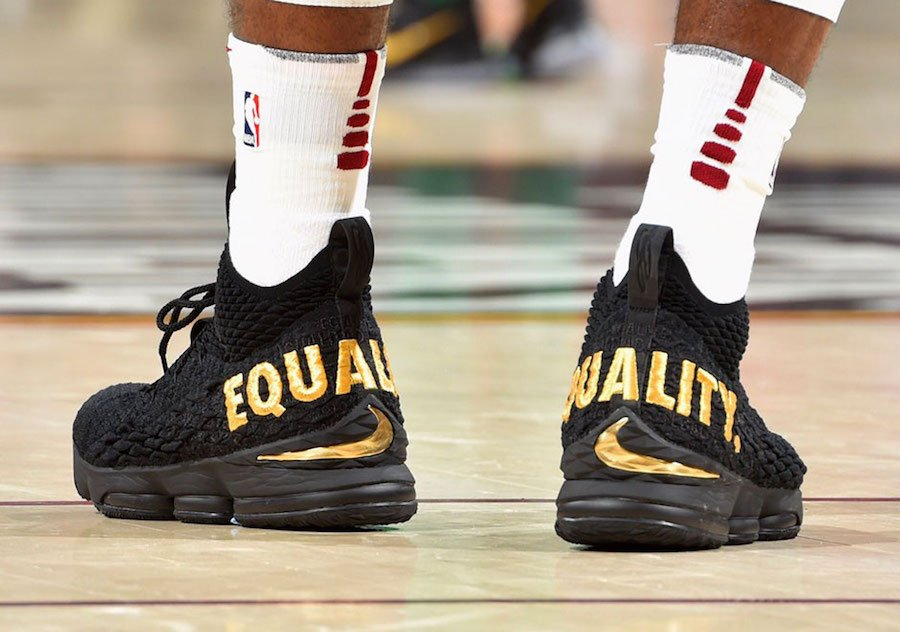 detailed look 0afa8 855b1 Nike LeBron 15 Equality PE | SneakerFiles