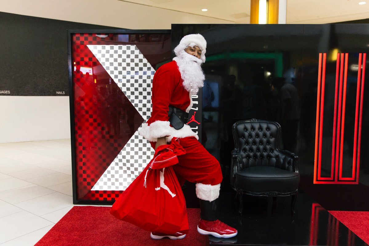 Air Jordan 11 Win Like 96 Early Release Santa Claus