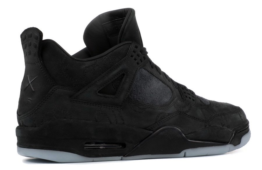 Air Jordan 4 Kaws Black Cyber Monday 930155-001