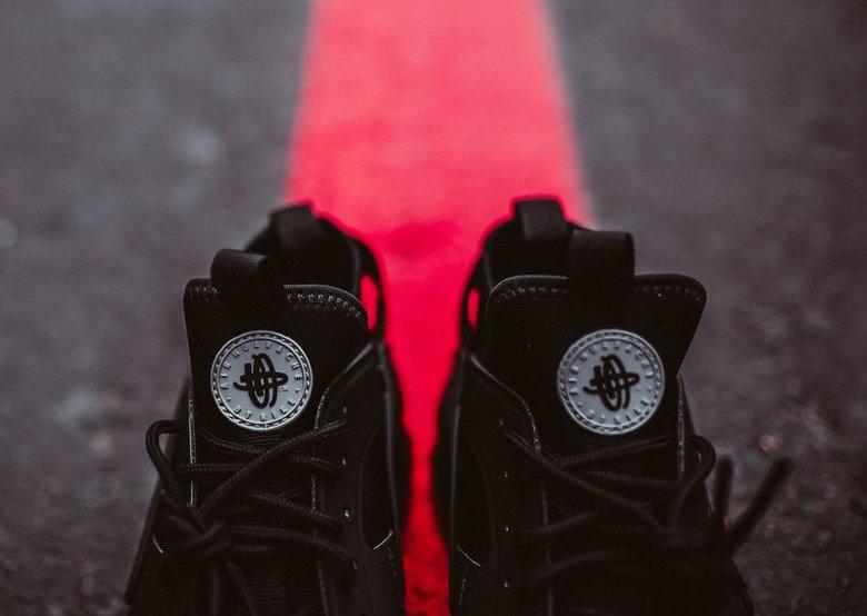 Nike Air Huarache Ultra Bred Black Red