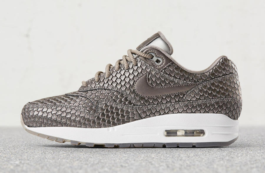 Nike Air Max 1 Ultra 2.0 Metallic Anaconda Silver