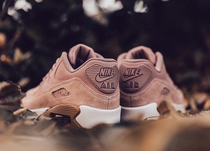 Nike Air Max 90 Particle Pink 881105-601