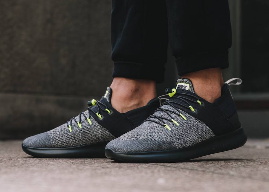 online store c521d 10a0a Nike Free RN Commuter 2017 Neon 922910-001 | SneakerFiles
