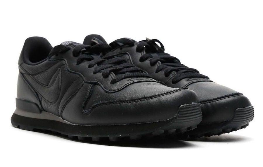 Nike Internationalist Triple Black 631754-013