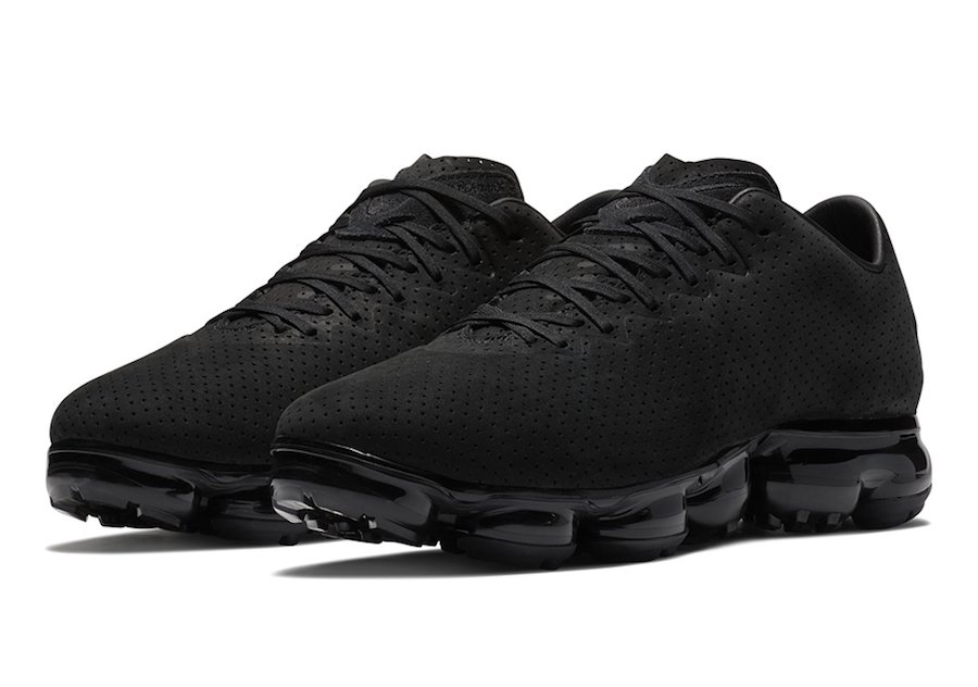 4f8d2ca40a Nike VaporMax Leather Suede Black | SneakerFiles