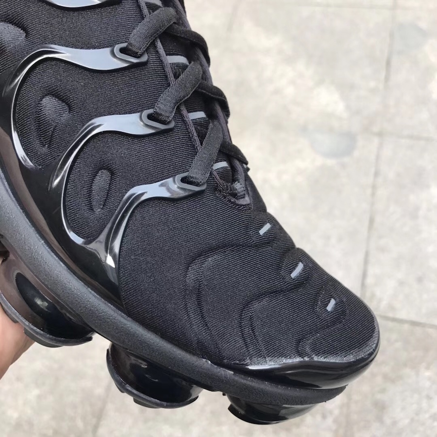 Nike VaporMax Plus Triple Black Release Date