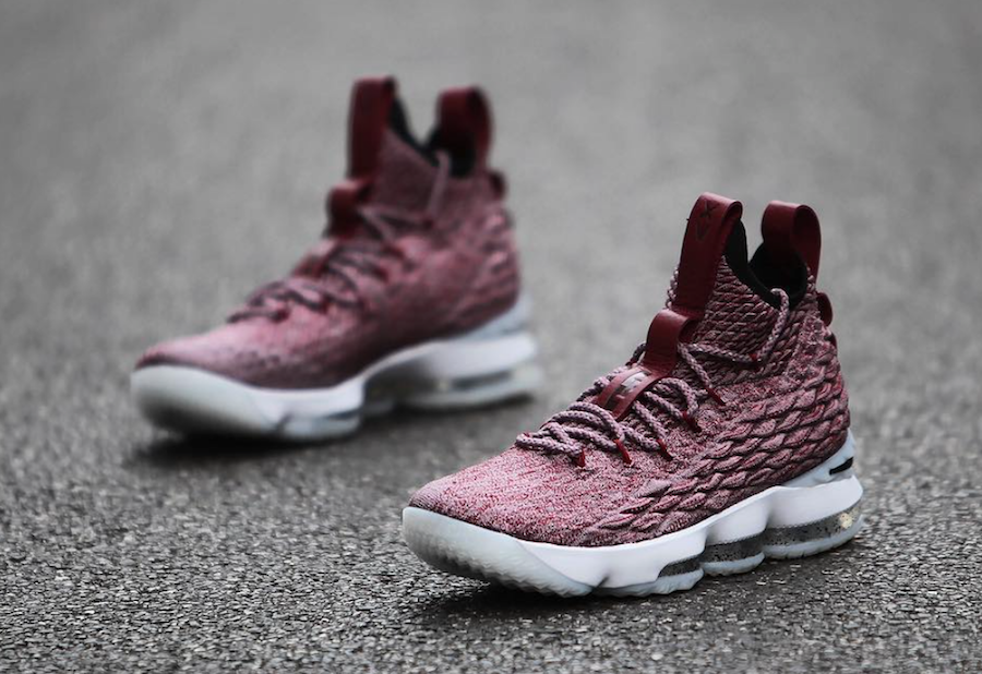 check out 01115 bef95 Wine Nike LeBron 15 897649-201