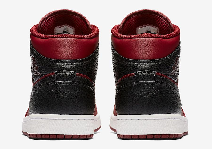 Air Jordan 1 Mid Reverse Banned 554724-601