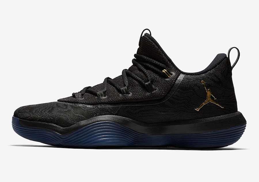 Jordan SuperFly 2017 Low Black Gold AJ2664-021