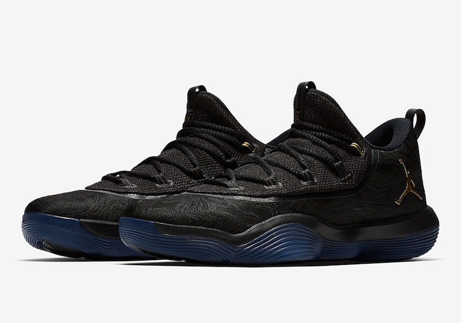 f7b92426e4f86e Jordan SuperFly 2017 Low Black Gold AJ2664-021