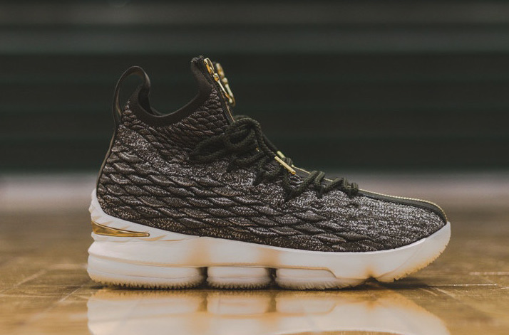 new product 5e210 9dac8 KITH Nike LeBron 15 SVSM | SneakerFiles