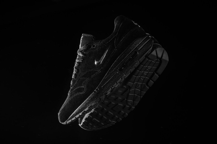 nike air max 1 sc jewel triple black