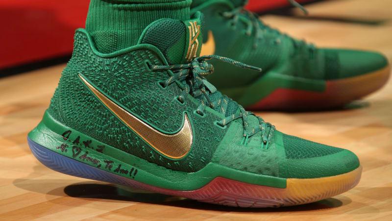 Nike Kyrie 3 Rainbow PE