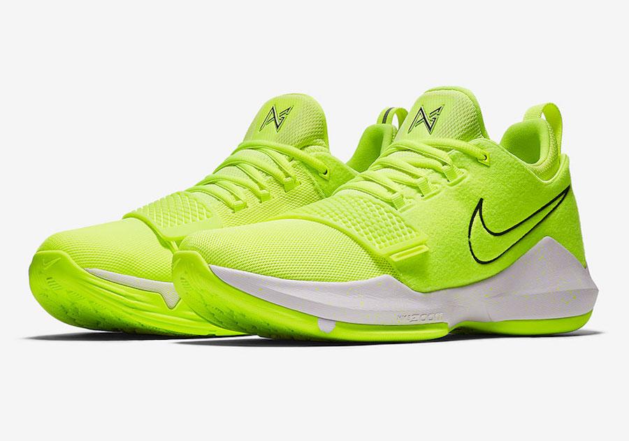Nike Tennis Shoes Volt