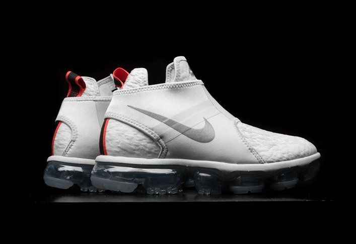 Nike Vapormax Chukka Slip On Foot