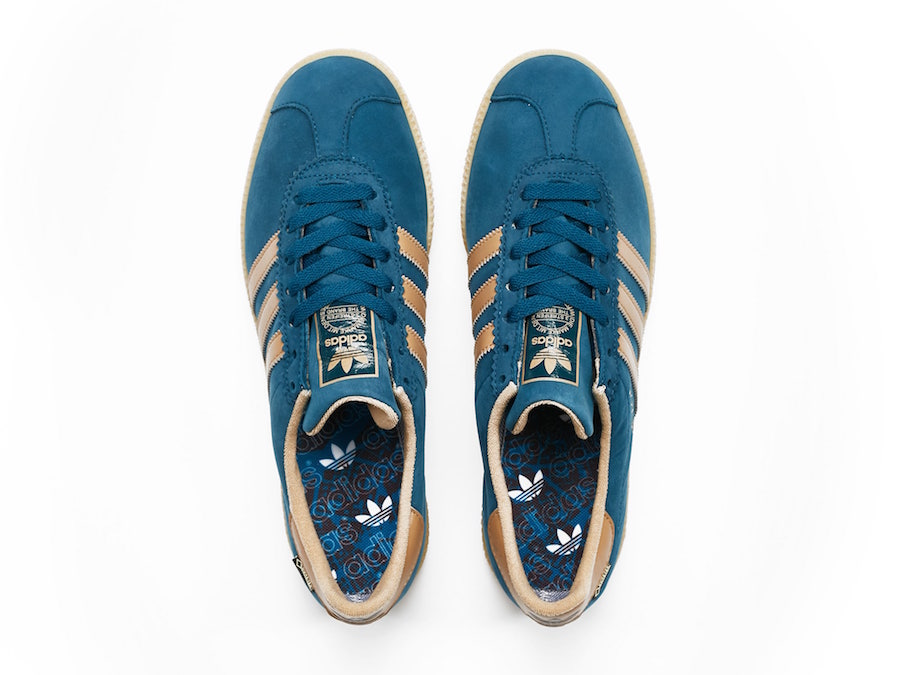 Sneakersnstuff adidas Originals Stockholm Gore Tex Blue Night AC7753