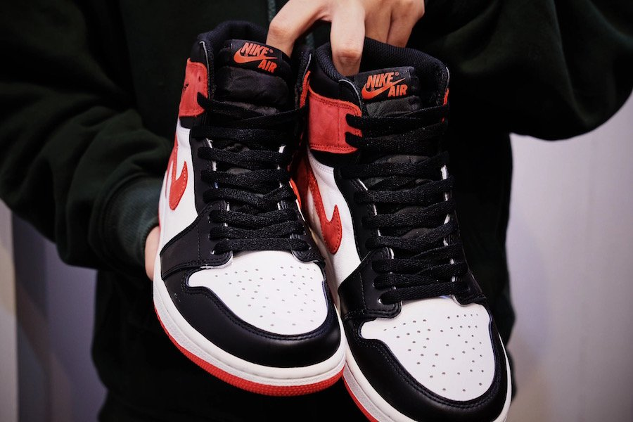 nike air jordan 1 retro high og nycha