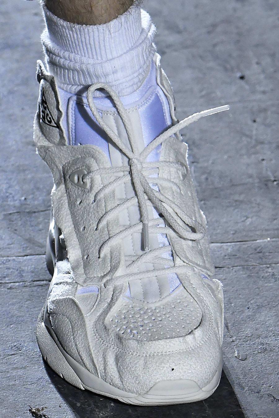 COMME des Garcons Nike Air Mowabb
