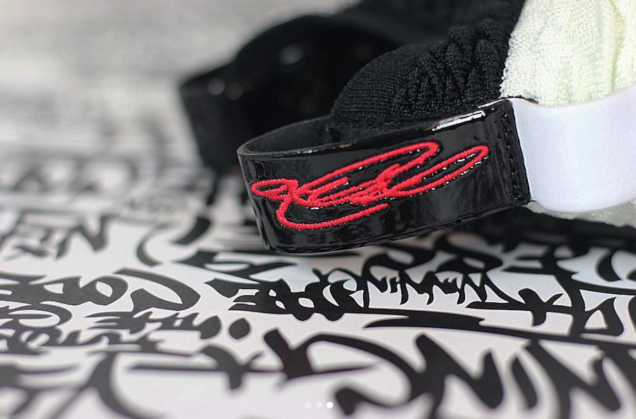 Nike LeBron 15 Graffiti