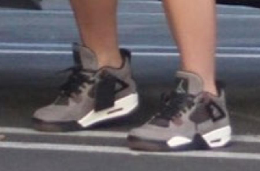 d20939bc71ddfc Kylie Jenner Travis Scott Air Jordan 4 Nike Air