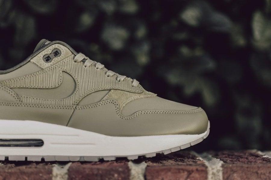 Nike Air Max 1 Medium Olive 454746-205