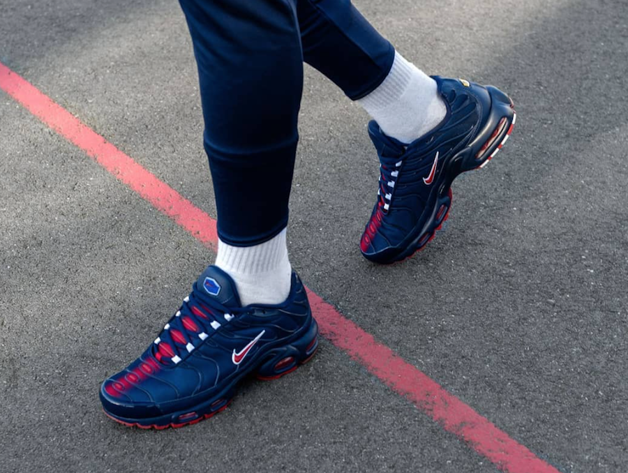 https://www.sneakerfiles.com/wp-content/uploads/2018/02/nike-air-max-plus-french-derby-pack.png