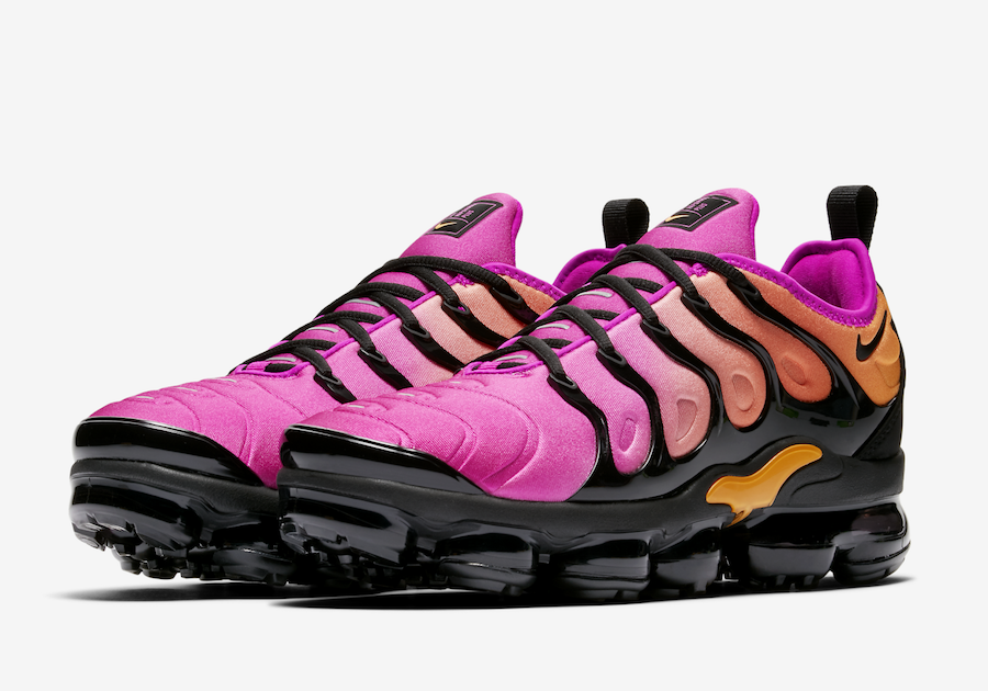 new products 0f755 a6a46 Nike Air VaporMax Plus Pink Orange AO4550-004 | SneakerFiles