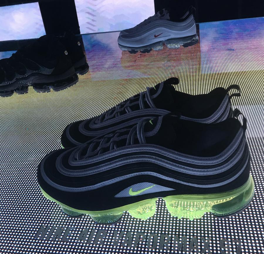 Nike VaporMax 97 Neon