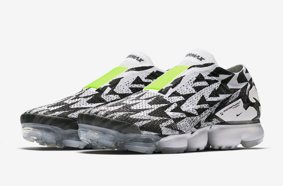 best website 4baf5 f292e Acronym Nike VaporMax Moc Light Bone Black Volt AQ0996-001