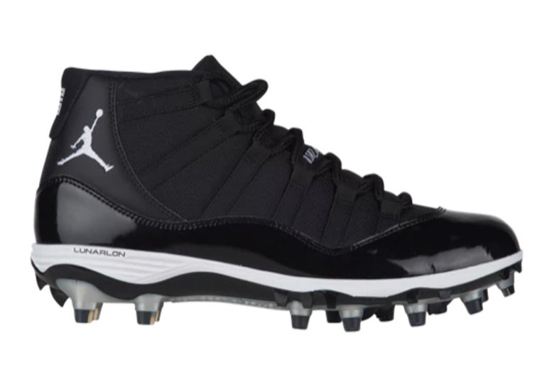 Air Jordan 11 Black White TD Cleats