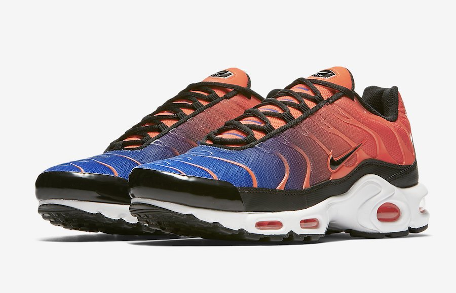 Nike Air Max Plus Gradient Blue Pink 852630-800