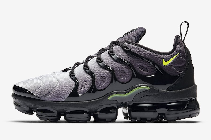 Nike Air VaporMax Plus Black Volt 924453-009